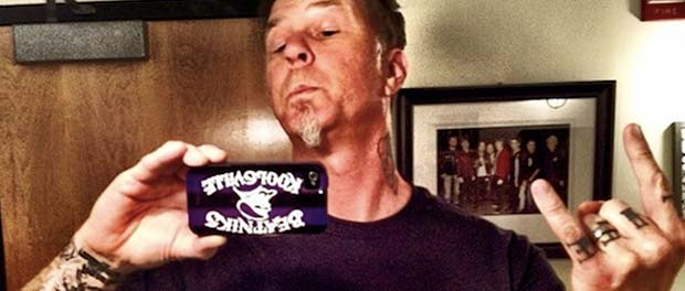 james-hetfield-selfie